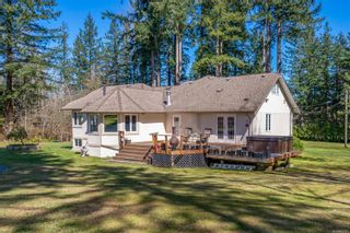Photo 3: 8439 Island Hwy in Black Creek: CV Merville Black Creek House for sale (Comox Valley)  : MLS®# 872787
