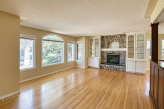 Photo 4: 7 Laneham Place SW in Calgary: North Glenmore Park Detached for sale : MLS®# A1097767