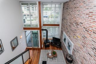 """Photo 11: 203 10 RENAISSANCE Square in New Westminster: Quay Condo for sale in """"Murano Lofts"""" : MLS®# R2619695"""