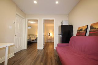 Photo 5:  in : Vancouver House for rent : MLS®# AR117