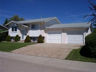 Photo 1: 405 3RD St N: Martensville Single Family Dwelling for sale (Saskatoon NW)  : MLS®# 378278