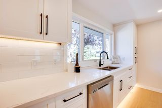 Photo 12: 11419 Wilson Road SE in Calgary: Willow Park Detached for sale : MLS®# A1144047