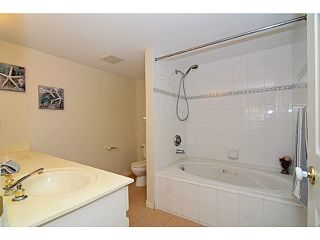 Photo 11: 305 2990 PRINCESS CRESCENT in Coquitlam: Canyon Springs Condo for sale : MLS®# V1142606