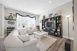 """Photo 2: 43 2687 158 Street in Surrey: Grandview Surrey Townhouse for sale in """"Jacobsen"""" (South Surrey White Rock)  : MLS®# R2406998"""