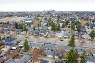 Photo 4: 2027 37 Street SW in Calgary: Glendale Detached for sale : MLS®# A1093610