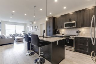 Photo 5: 403 11893 227 Street in Maple Ridge: East Central Condo for sale : MLS®# R2436288