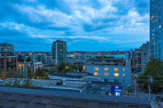 """Photo 23: 504 305 LONSDALE Avenue in North Vancouver: Lower Lonsdale Condo for sale in """"THE MET"""" : MLS®# R2463940"""