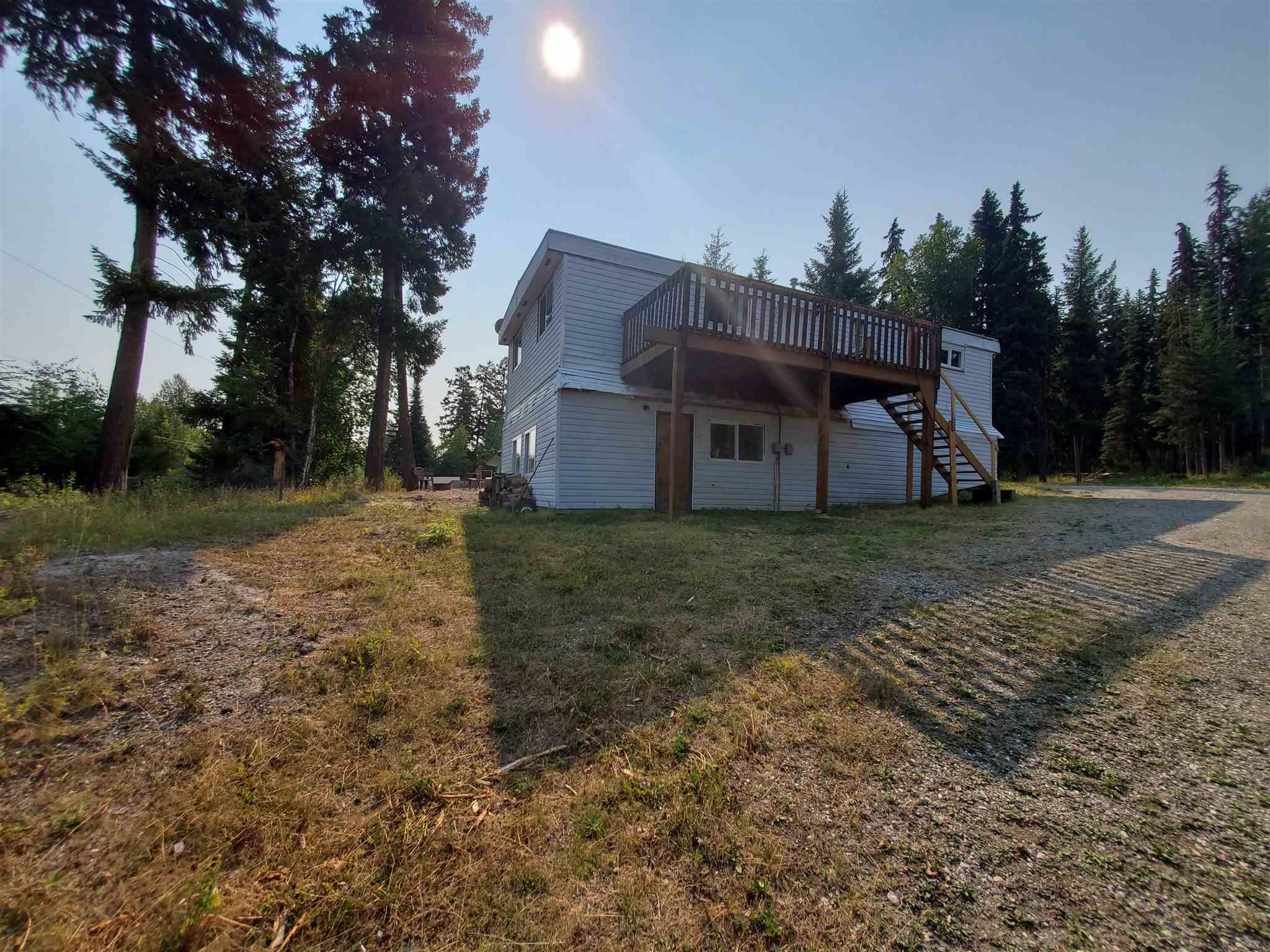 Photo 2: Photos: 2507 NORWOOD Road in Quesnel: Bouchie Lake Manufactured Home for sale (Quesnel (Zone 28))  : MLS®# R2606130