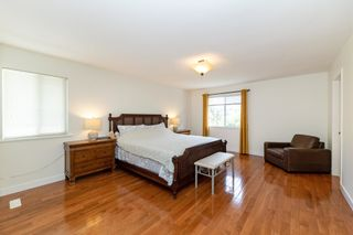 """Photo 10: 17176 103 Avenue in Surrey: Fraser Heights House for sale in """"Abbey Glen"""" (North Surrey)  : MLS®# R2606989"""