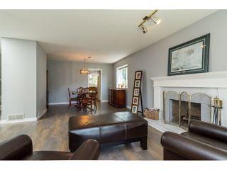 "Photo 4: 14293 89A Avenue in Surrey: Bear Creek Green Timbers House for sale in ""BEAR CREEK/GREEN TIMBERS"" : MLS®# R2175101"