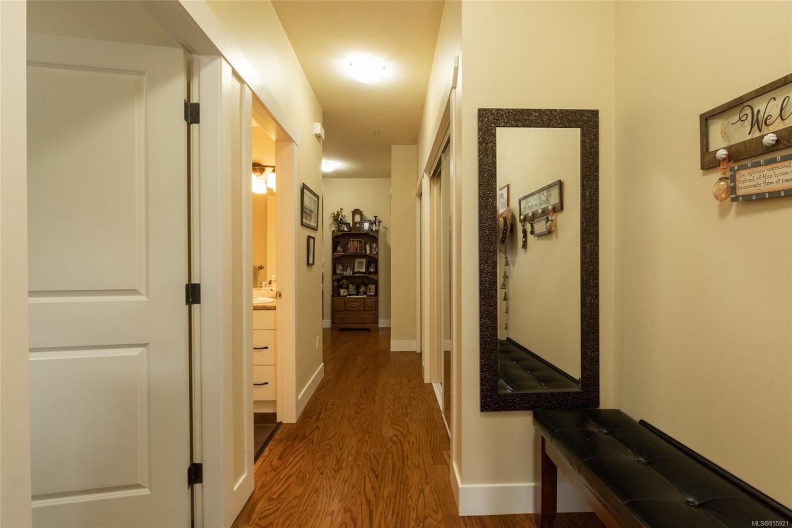 Photo 3: Photos: 206 1244 4TH Ave in : Du Ladysmith Row/Townhouse for sale (Duncan)  : MLS®# 855921