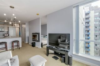 """Photo 5: 1203 1082 SEYMOUR Street in Vancouver: Downtown VW Condo for sale in """"FREESIA"""" (Vancouver West)  : MLS®# R2079739"""