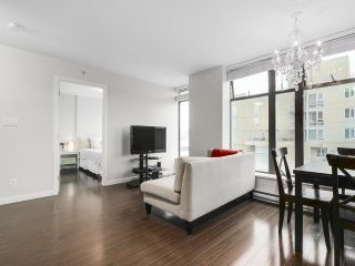 """Photo 8: 1001 1068 W BROADWAY in Vancouver: Fairview VW Condo for sale in """"The Zone"""" (Vancouver West)  : MLS®# R2148292"""
