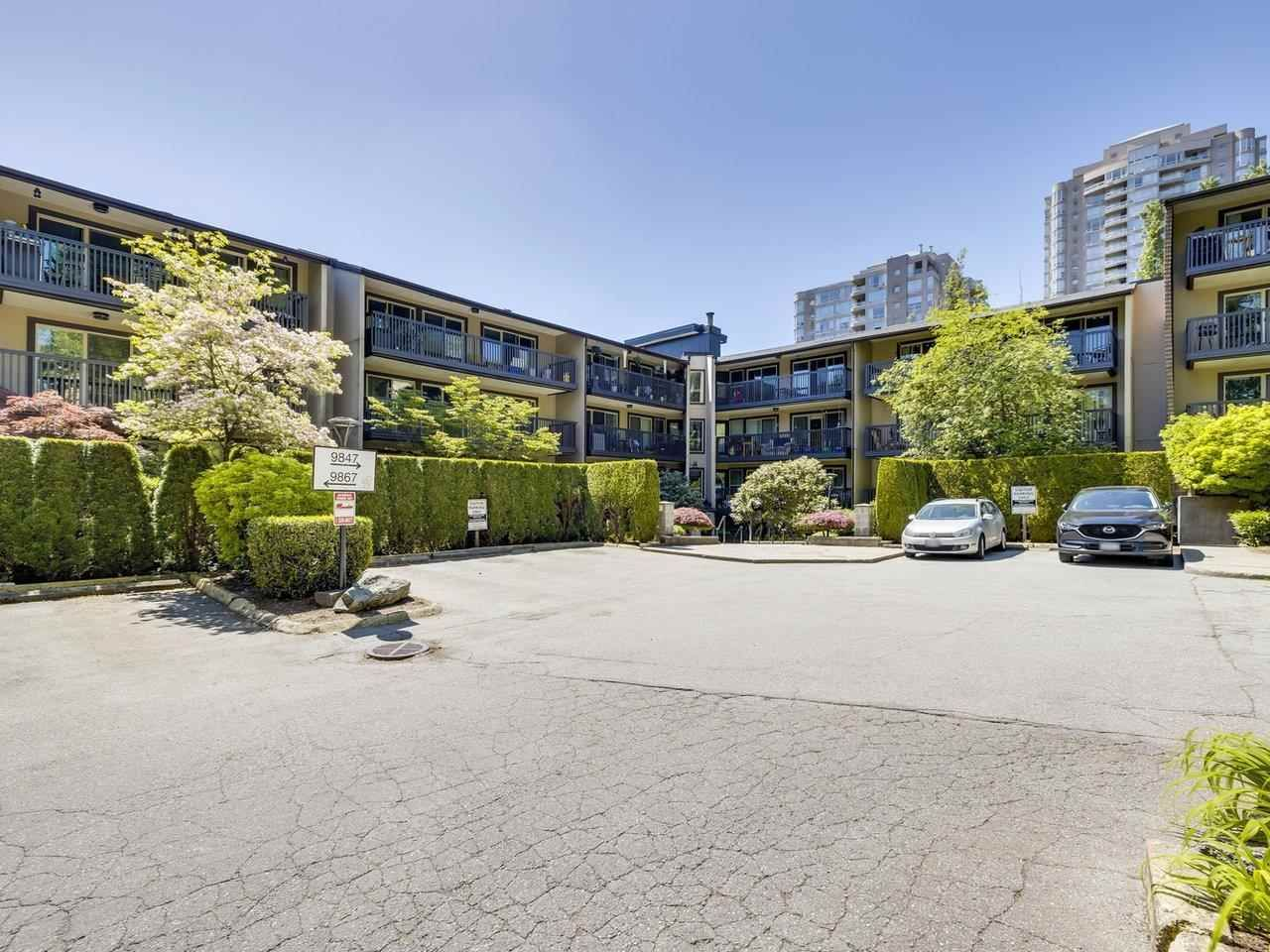 """Main Photo: 108 9847 MANCHESTER Drive in Burnaby: Cariboo Condo for sale in """"Barclay Woods"""" (Burnaby North)  : MLS®# R2580881"""