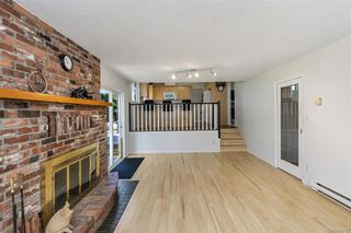 Photo 14: 1209 Camas Crt in Saanich: SE Lake Hill House for sale (Saanich East)  : MLS®# 844776