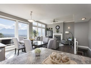 """Photo 12: 127 8590 SUNRISE Drive in Chilliwack: Chilliwack Mountain Townhouse for sale in """"Maple Hills"""" : MLS®# R2571129"""