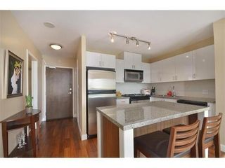 Photo 8: 1010 175 1ST Street W in North Vancouver: Home for sale : MLS®# V991858