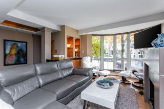 """Photo 7: TH16 1501 HOWE Street in Vancouver: Yaletown Townhouse for sale in """"OCEAN TOWER AT 888 BEACH"""" (Vancouver West)  : MLS®# R2528956"""