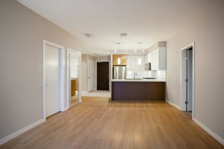"Photo 8: 303 20 E ROYAL Avenue in New Westminster: Fraserview NW Condo for sale in ""THE LOOKOUT - VICTORIA HILL"" : MLS®# R2334251"