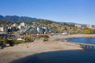 """Photo 38: TH102 1327 BELLEVUE Avenue in West Vancouver: Ambleside Townhouse for sale in """"GROSVENOR AMBLESIDE"""" : MLS®# R2596338"""