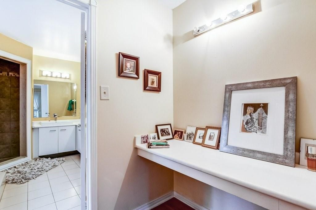 Photo 16: Photos: 23 HARBOUR Drive in Stoney Creek: Residential for sale : MLS®# H4086318