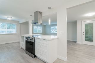 "Photo 15: 241 1840 160 Street in Surrey: King George Corridor Manufactured Home for sale in ""Breakaway Bays"" (South Surrey White Rock)  : MLS®# R2555969"