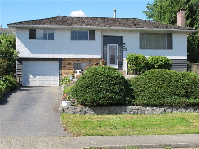 Main Photo: 4939 PARKER Street in Burnaby: Brentwood Park House for sale (Burnaby North)  : MLS®# V1013869