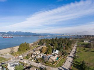 "Photo 18: 4530 BELMONT Avenue in Vancouver: Point Grey House for sale in ""Point Grey"" (Vancouver West)  : MLS®# R2440130"