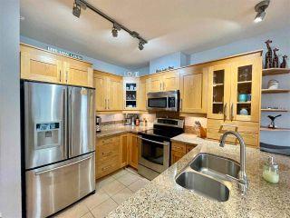 "Photo 18: 210 15777 MARINE Drive: White Rock Condo for sale in ""South Beach"" (South Surrey White Rock)  : MLS®# R2591783"