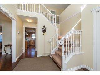 Photo 3: 3753 NANAIMO Crescent in Abbotsford: Central Abbotsford House for sale : MLS®# R2353816