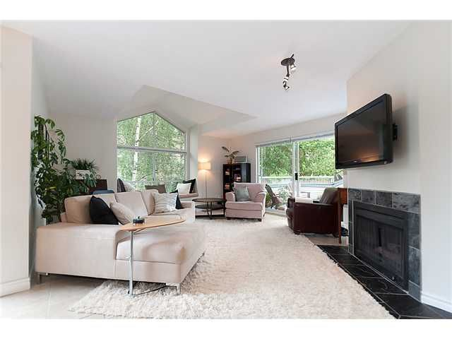 Photo 2: Photos: 401 1465 COMOX Street in Vancouver: West End VW Condo for sale (Vancouver West)  : MLS®# V957828