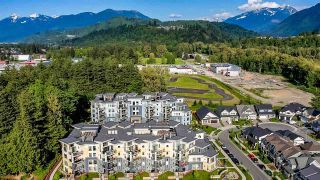 """Photo 39: 5414 DOLLY VARDEN Lane in Chilliwack: Vedder S Watson-Promontory Condo for sale in """"Rivers Edge"""" (Sardis)  : MLS®# R2581051"""