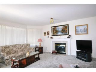"""Photo 2: 21 22555 116TH Avenue in Maple Ridge: East Central Townhouse for sale in """"FRASERVIEW VILLAGE"""" : MLS®# V1019470"""