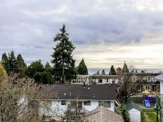 Photo 18: 15416 BUENA VISTA AV: White Rock House for sale (South Surrey White Rock)  : MLS®# F1400172