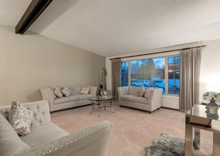 Photo 3: 984 RUNDLECAIRN Way NE in Calgary: Rundle Detached for sale : MLS®# A1112910