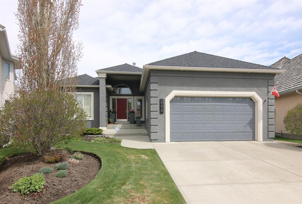 Main Photo: 242 Schiller Place NW in Calgary: Scenic Acres Detached for sale : MLS®# A1111337