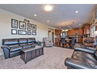 """Photo 9: 6593 186A Street in Surrey: Cloverdale BC House for sale in """"HILLCREST"""" (Cloverdale)  : MLS®# F1432832"""
