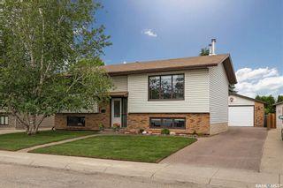 Photo 1: 206 Broadbent Avenue in Saskatoon: Silverwood Heights Residential for sale : MLS®# SK860824