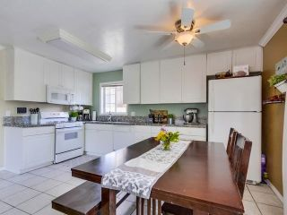 Photo 8: MOUNT HELIX House for sale : 3 bedrooms : 10146 Casa De Oro Blvd in Spring Valley