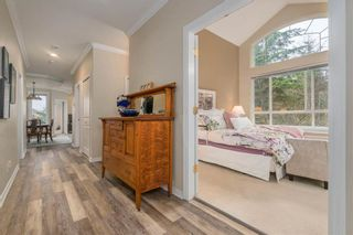 Photo 11: 206 3280 PLATEAU BOULEVARD in Coquitlam: Westwood Plateau Home for sale ()  : MLS®# R2254995