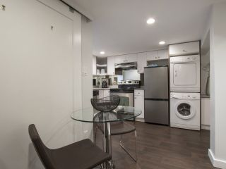 Photo 13: 2336 WOODLAND Drive in Vancouver: Grandview VE House for sale (Vancouver East)  : MLS®# R2222417