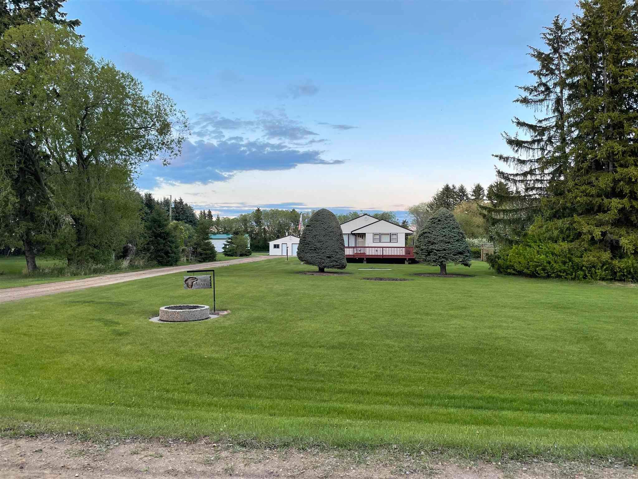 Main Photo: 60417 RGE RD 265: Rural Westlock County House for sale : MLS®# E4246856