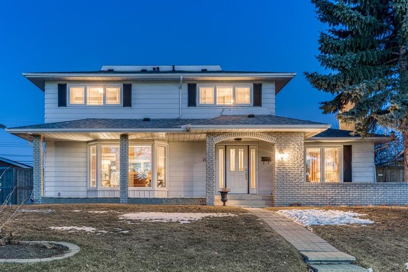 FEATURED LISTING: 1084 Acadia Drive Southeast Calgary