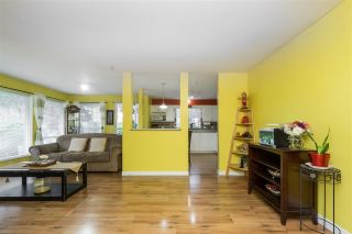 "Photo 13: 105 33738 KING Road in Abbotsford: Poplar Condo for sale in ""College Park"" : MLS®# R2494775"