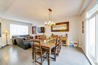 """Photo 2: 82 8138 204 Street in Langley: Willoughby Heights Townhouse for sale in """"Ashbury and Oak by Polygon"""" : MLS®# R2415255"""