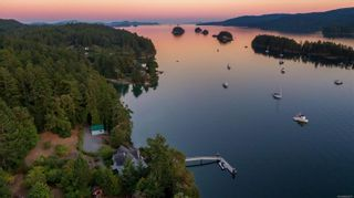 Photo 1:  in : GI Salt Spring House for sale (Gulf Islands)  : MLS®# 855671