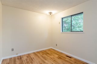 """Photo 13: 3146 BOWEN Drive in Coquitlam: New Horizons House for sale in """"NEW HORIZONS"""" : MLS®# R2406965"""