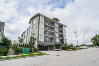 """Photo 3: 114 13628 81A Avenue in Surrey: Bear Creek Green Timbers Condo for sale in """"King's Landing"""" : MLS®# R2609936"""