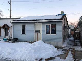 Photo 1: 471 Martin Avenue West in Winnipeg: Elmwood Residential for sale (3A)  : MLS®# 1805733