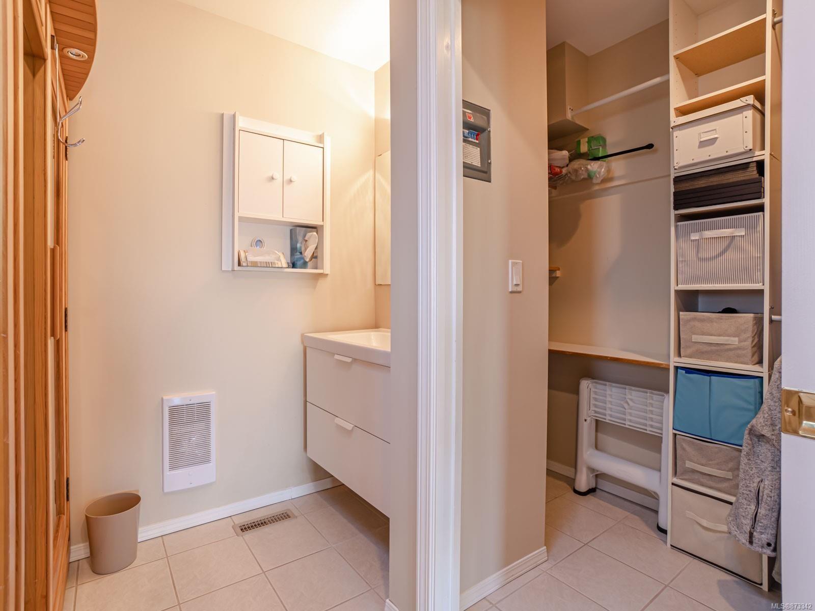Photo 46: Photos: 5294 Catalina Dr in : Na North Nanaimo House for sale (Nanaimo)  : MLS®# 873342